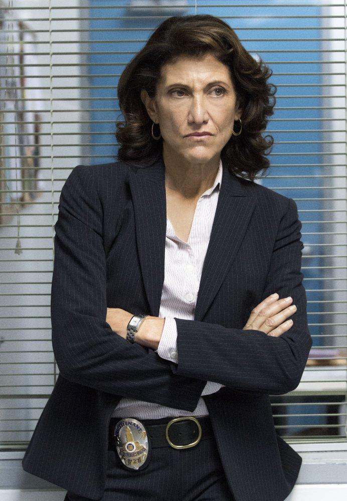 Amy Aquino