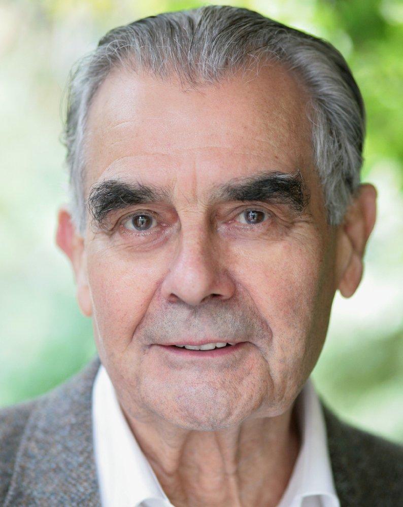Terence Bayler